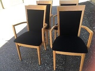 Dining Chairs/Lounge Chairs/Carvers(6)-in birch wood, in vgc