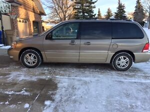 2005 Ford Freestar Limited Minivan, Van