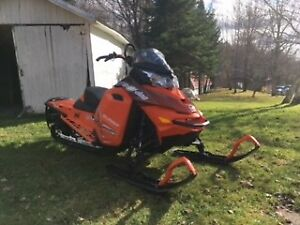 2015 Ski-Doo Summit X 154""