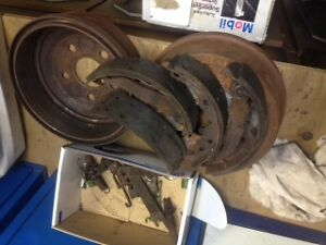 rear brake shoes & drums 97 - 02 sunfire cavalier