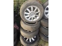 RENAULT 15 INCH ALLOY WHEELS 185/60R15