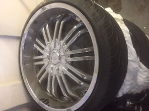 Selling 20' inch Chrome rims