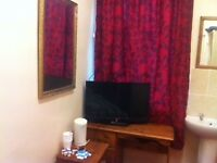 NO DEPOSIT, SHORT TERM LET Single Room with All Bills Included Opposite Brighton Beach