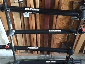 Yakima Roof Rack with 4 Trays