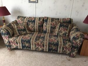 Couch and loveseat perfect for cabin