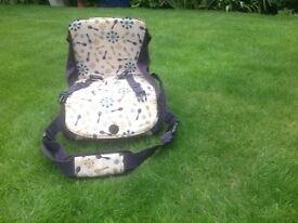 Munchkins Booster Seat