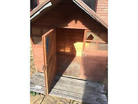 Play hut 6 ft x 4ft with 2 ft overhang