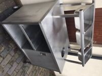 Free standing food catering server