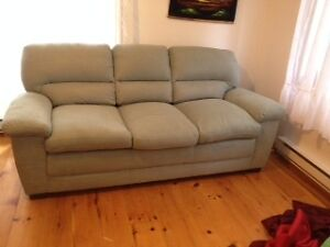 The brick sofa bed buy or sell a couch or futon in for Sofa bed kijiji