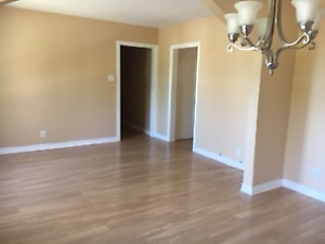 Large 5 1/2 for rent