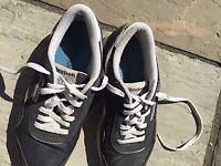 Mens Reebok Classics Nylon Black and White trainers - Size 6.5.