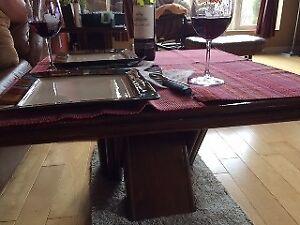 Deux tables + unité murale