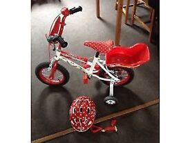 "12"" Disney Minnie Mouse Bike and Minnie Mouse Helmet"