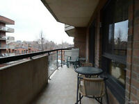 2-BEDROOM LUXURY CONDO IN THE HEART OF DOWNTOWN MONTREAL