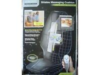 Shiatsu massaging chair