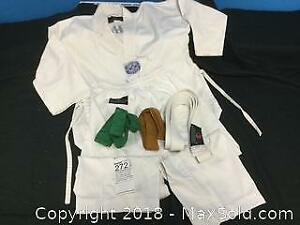 Childs Tae Kwondo Uniform