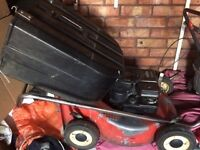 petrol lawnmower briggs and stratton 4 stroke with grass box £35
