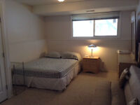 Very Spacious Fully Furnished Room in Thickwood, ex location
