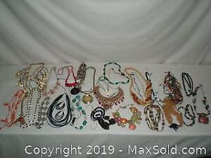 Large lot vintage custom jewelry necklaces