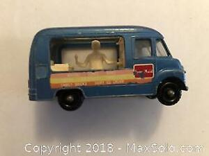 Moko Lesney Matchbox #47 Commer Ice Cream Van 'Lyons Maid' & 'Lord Neilson'