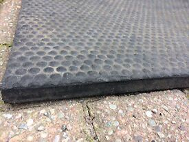 6 x 4ft rubber mat