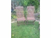 2x wooden folding garden chairs
