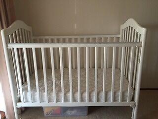 Baby Cot - Excellant condition Weston Weston Creek Preview