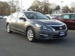 Nissan Altima 2015 low mileage only $180 biweekly