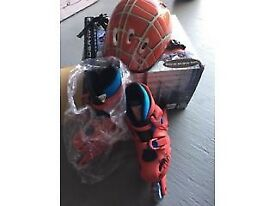 SPIDERMAN ROLLER BOOTS AND HELMET SET - FIT SHOE SIZE 10-2