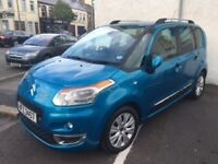 CITROEN C3 PICASSO EXCLUSIVE*ONLY9K MILES*P £500 followed by 60 @ £130 APR 10.1%