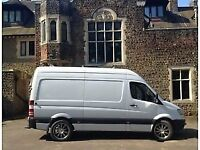 MAN WITH A VAN PICK UP'S DELIVERYS AND SMALL REMOVALS