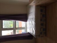 BIG DOUBLE ROOM BETWEEN VAUXHALL AND STOCKWELL - £700 PCM