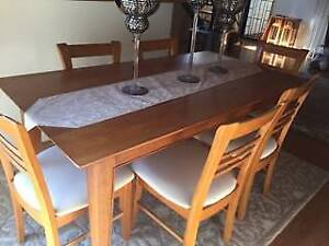 Dining table and 8 Chairs, Wood and cream fabric base