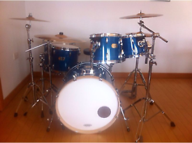 Pearl Export ELX 6-Piece Drum Kit with Sabian Cymbals + accessories