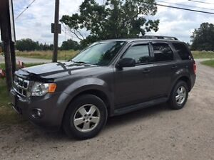 2012 Ford Escape SUV, XLT, OFF ROAD