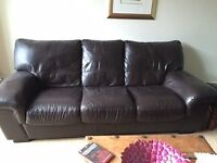 2 leather settees. 2 seater and 3 seater brown leather settees