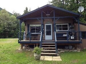 Kootenay waterfront cabin for rent