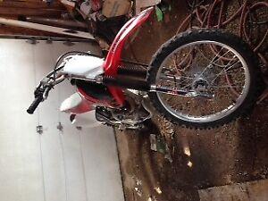 Crf 230 2006 very clean