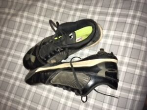Size 11 Under Armour Metal Baseball Cleats