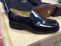 Mens Hand made black size 8 slip-on leather shoes (NEW)