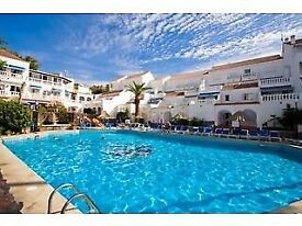 ****TENERIFE- XMAS & NEW YEAR-APARTMENT FOR HOLIDAY LET IN CENTRAL LOS CRISTIANOS, TENERIFE****