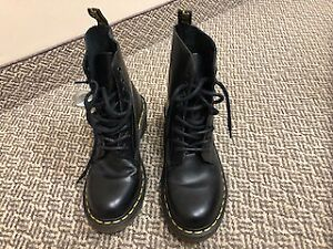 bfdf0a8c9c6 Women s Black Doc Marten Boots 1460 Smooth size 38