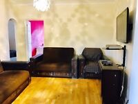 2 Bed Flat above shops (Three Tuns Slough)