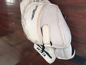 Youth Goalie Gear -  Near Brand new condition
