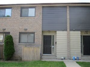 Newer renovated popular student townhouse