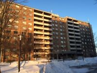 Newmarket-Condo for Rent