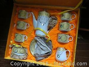 Boxed Tea Or Coffee Set A