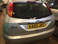 Ford Focus 1.8 petrol 2000 (X) breaking for parts