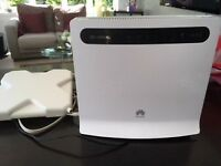 Huawei B593s-22 wireless home router 4G LTE CPE and Antenna