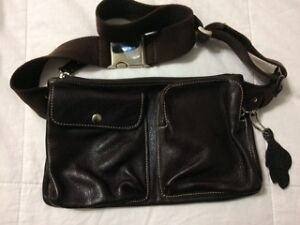 Roots Village Pack Genuine Leather Bag